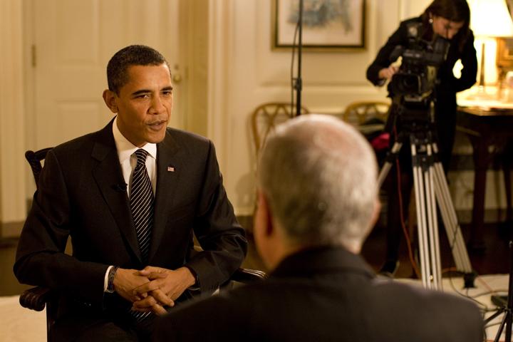 Barack Obama im Gespräch: Der richtige Aufzug ist das halbe Interview. Quelle: Wiki Commons.