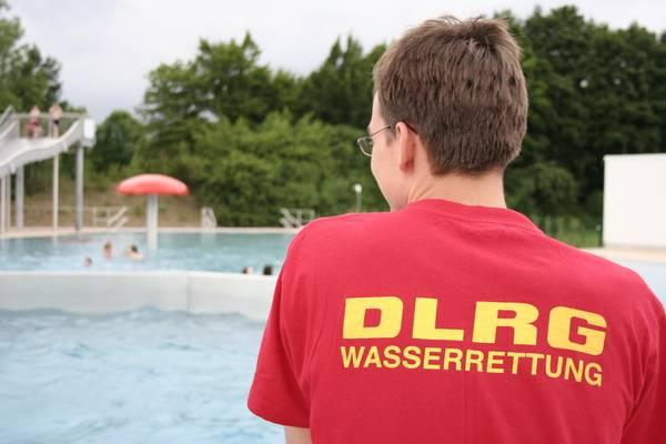 DLRG - Freibadwache - wer wird hier eigentlich gerettet?